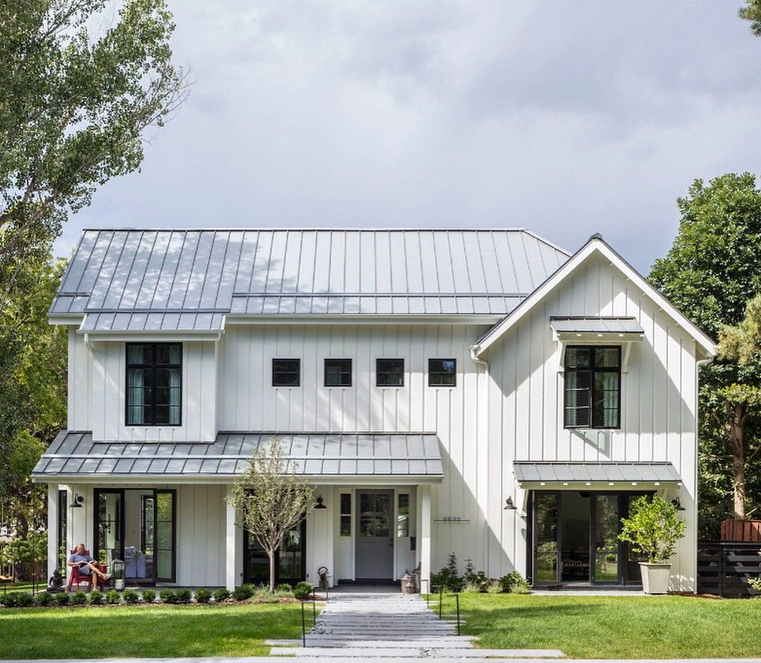 Sketchpadhouseplans Posted To Instagram A Modern Farmhouse With Durable Metal Roof Smart Modern Farmhouse Exterior Modern Farmhouse Design Modern Farmhouse