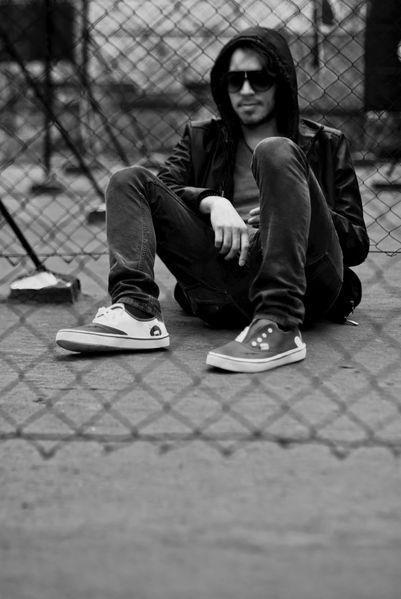 """teen-is oficiales de Los Daniels """"Rayos"""" By Los Daniels #teen-is #Rock #LosDaniels #musica #sneakers #tenisPersonalizados #sneakersCustom #cool #moda  #tenis"""
