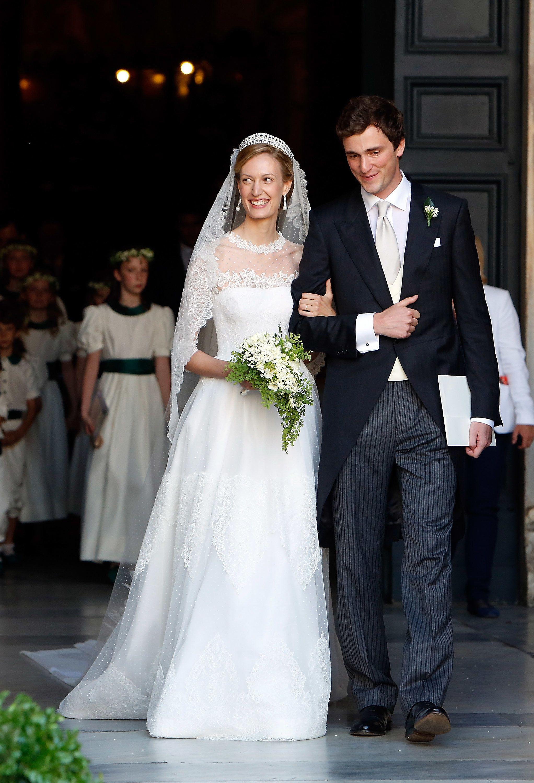 Popsugar Uk Royal Wedding Dress Royal Wedding Gowns Pretty Wedding Dresses [ jpg ]
