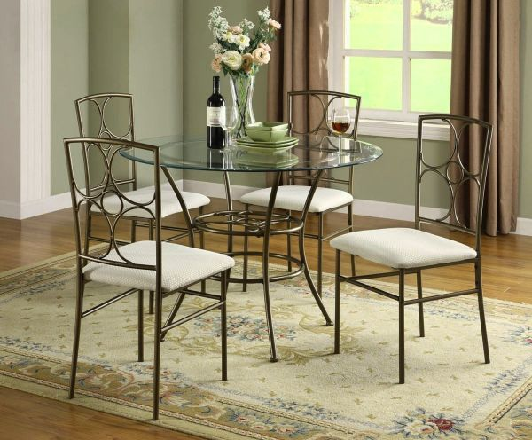Circular Dining Room Table For Small Spaces House Design Ideas Hotel Hershey With Traditional Round