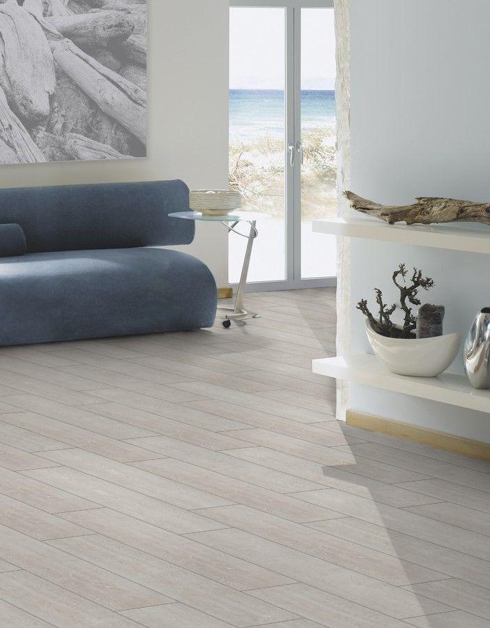 Suelo laminado roble blanco gris de la gama breeze line for Suelos laminados colores