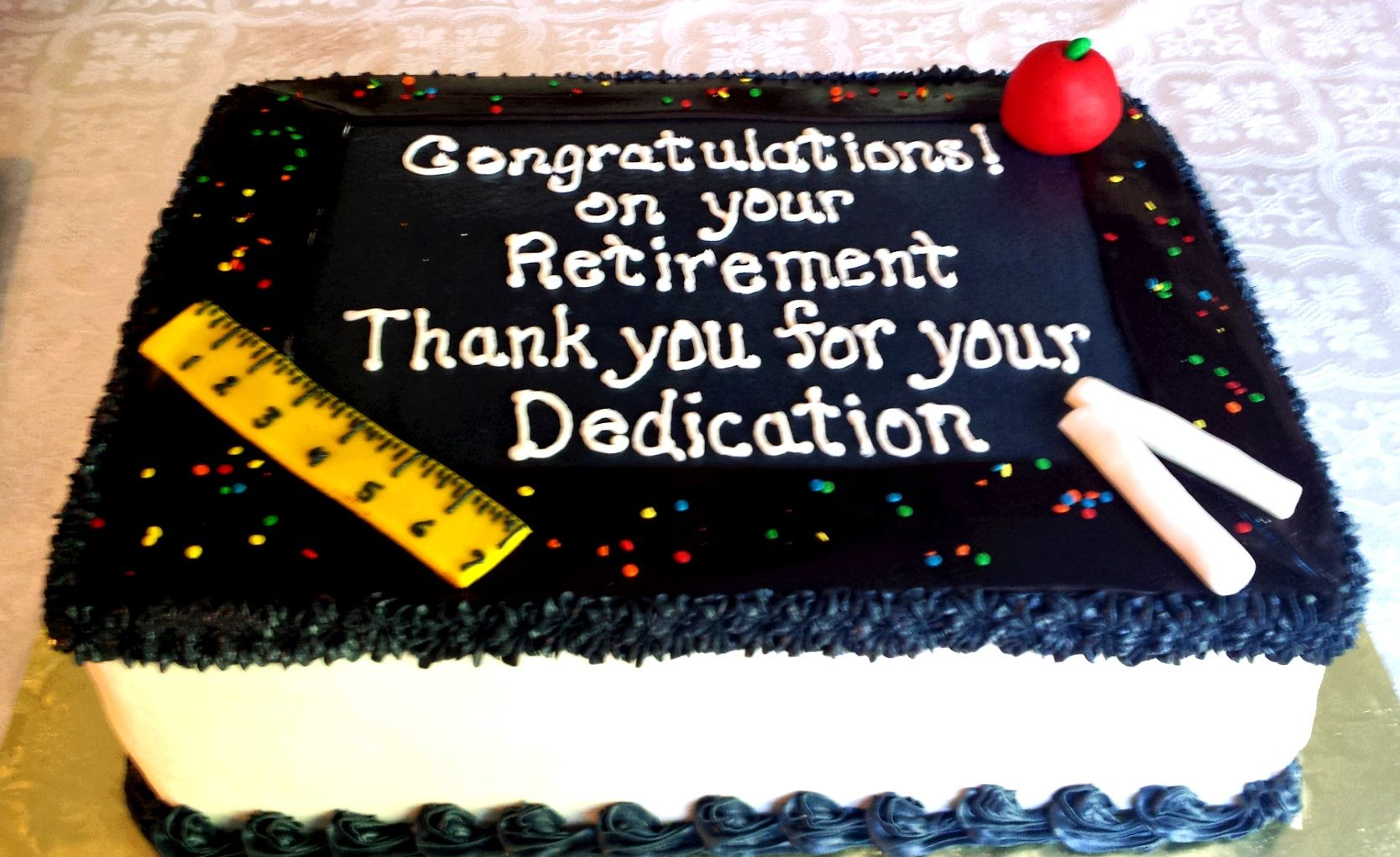 Teacher Retirement Cake With Images Retirement Cakes