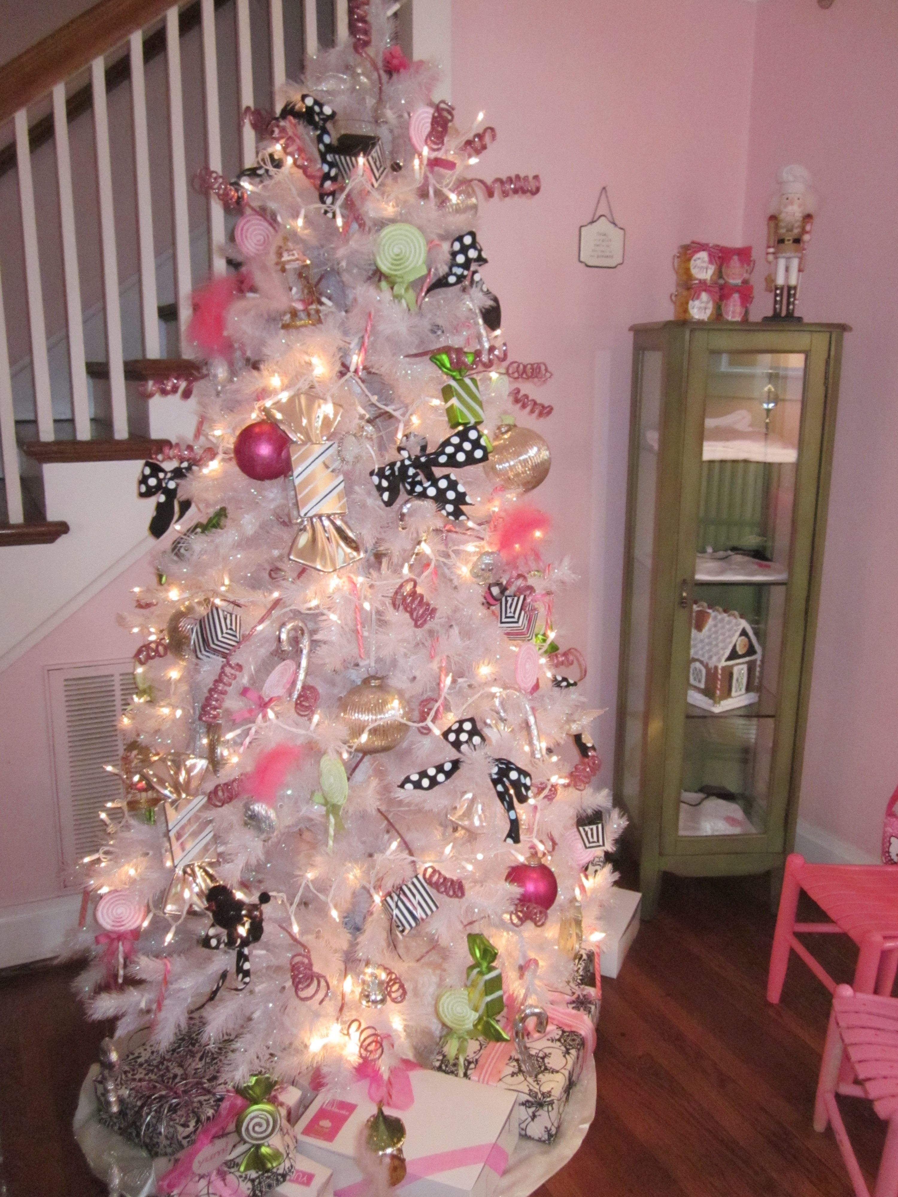 I love white Christmas Trees For My Home e Day
