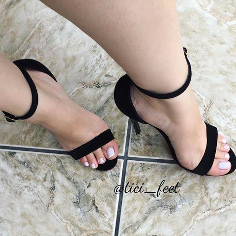 feet pics sexy marzia