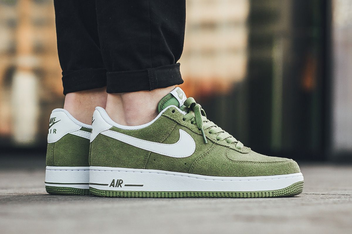 nike air force 1 07 green