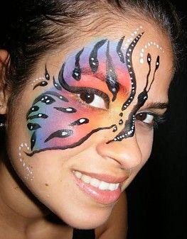Nuestros fans nos asombran con su creatividad. Aquí os dejamos este #pintacaritas de #mariposa. ¡Chulísimo!
