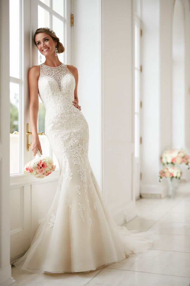 Elegant high neck wedding dress with lace beading bridal gowns