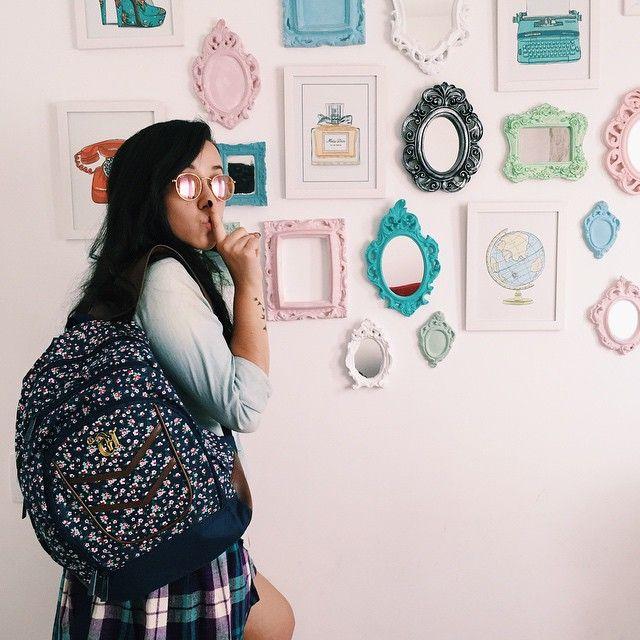 """""""Mochila com estampa floral fofa da @mochilascapricho pra falar sobre o #fashiondayCH. Uma promoção especial pra quem também ama moda e postar looks na…"""""""