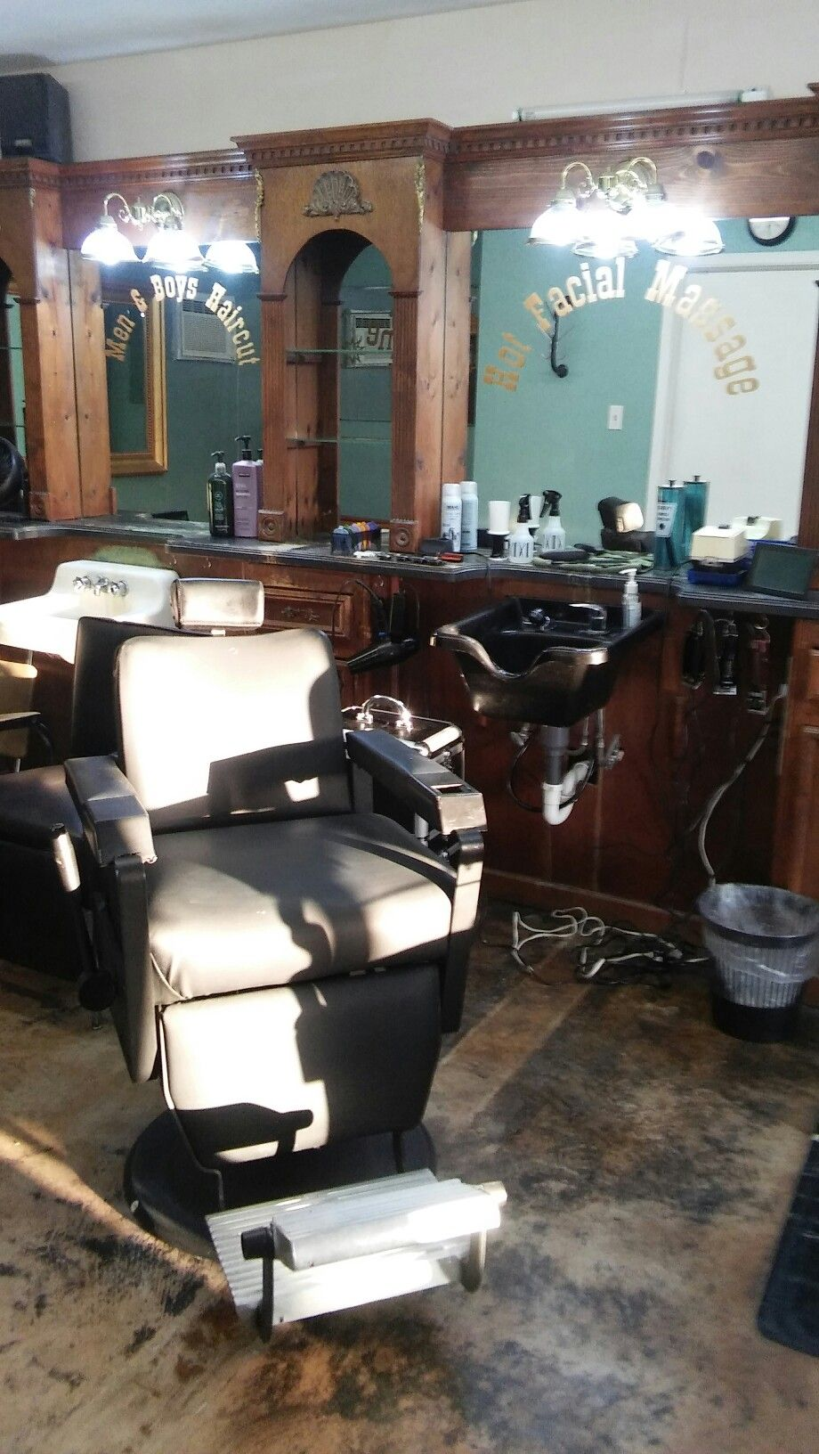Old barber shop chairs - My Station At Old Tyme Barber Shop In San Antonio Tx