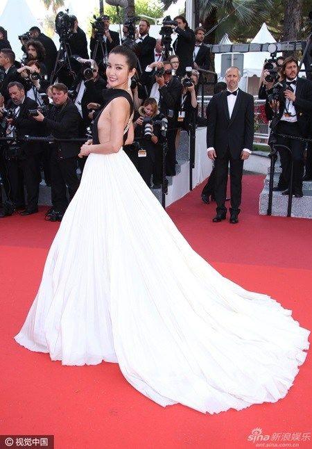 Loạt sao thế giới đọ sắc trong liên hoan phim Cannes 2016