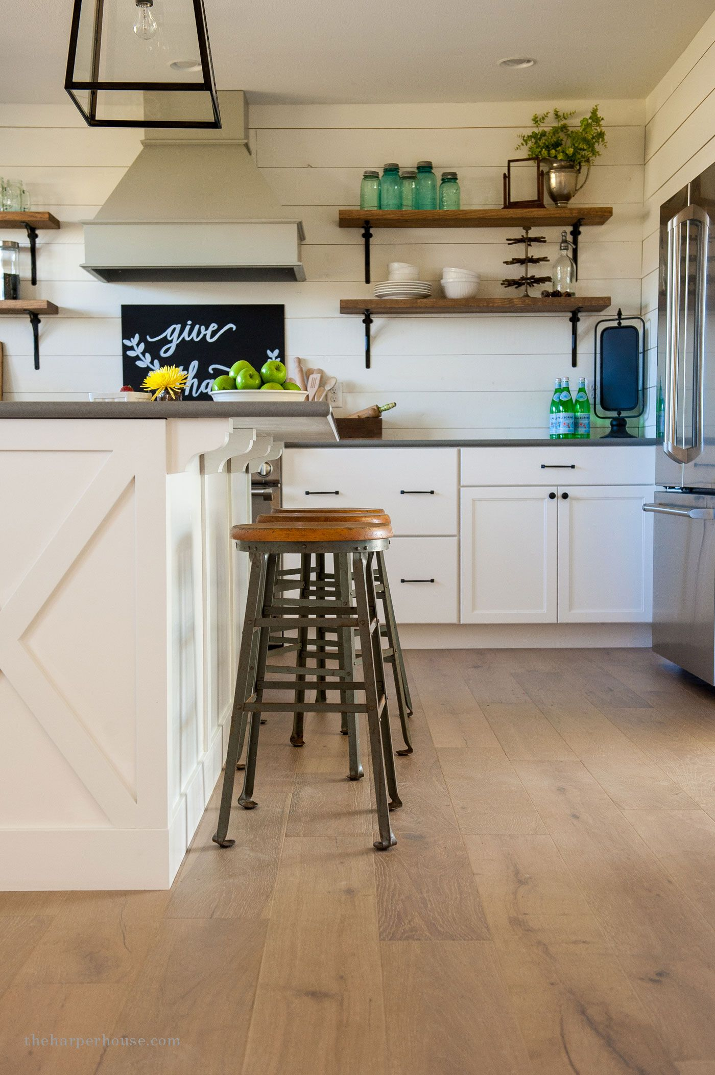 Farmhouse Style Kitchen Details | Farmhouse kitchen tables ...