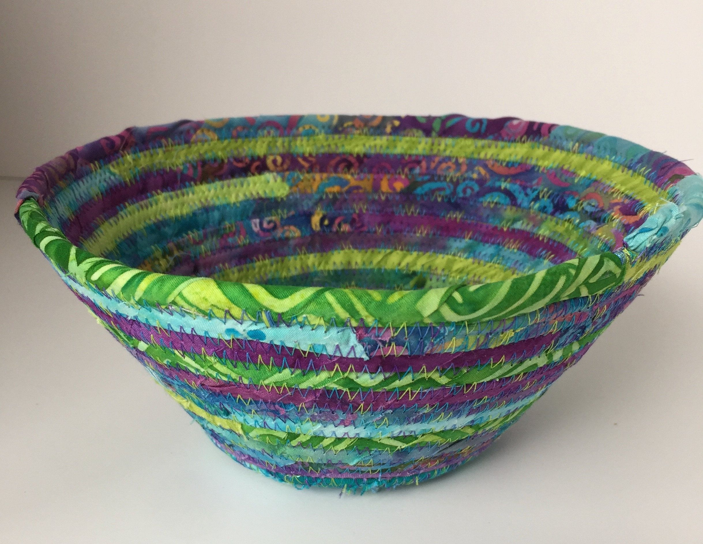 Ring Bowl Key Holder Colorful Fabric Bowl Cell Phone Holder Jewelry Bowl Remote Control Holder Fabric Bowl Coiled Fabric Bowl In 2020 Fabric Bowls Coiled Fabric Bowl Batik Fabric