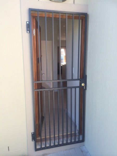 Affordable Welded Gates Slamlock Trellis Gates Burglar Bars Custom Made and Installed Cape Town | Tableview | Gumtree Classifieds South Africa | 205081806 & Affordable Welded Gates Slamlock Trellis Gates Burglar Bars Custom ...