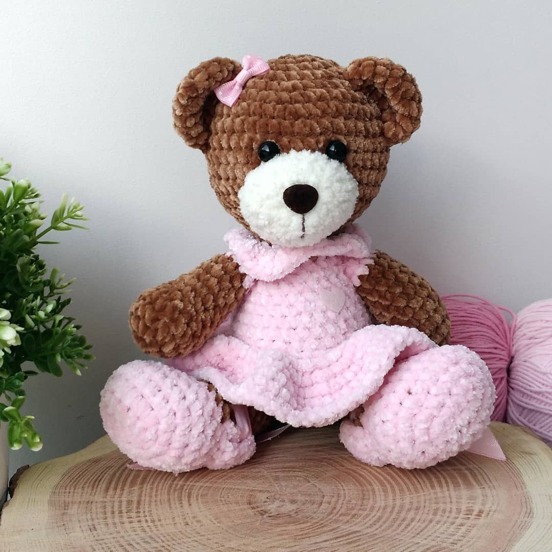 Crochet Sweet Bear in Dress Free Plush Pattern #bearplushtoy