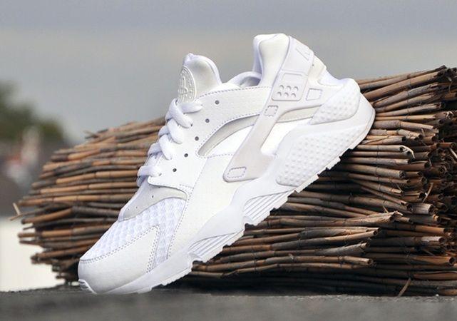 mineral Isla de Alcatraz táctica  Nike Air Huarache 纯白 即将发售-龍柒 | Nike air huarache white, Nike air huarache,  Nike free shoes