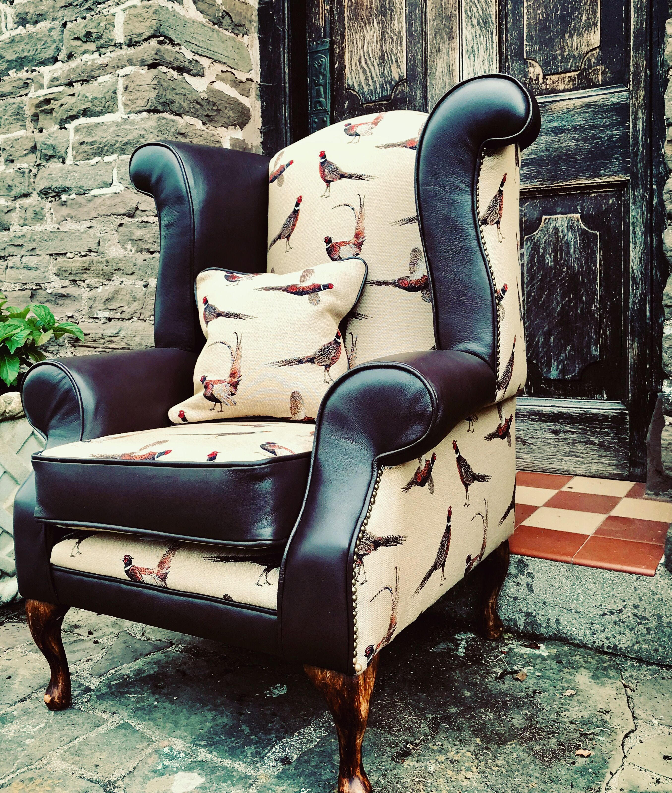 Country Fabric Leather Chair Country style furniture