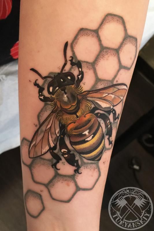 f5bf99766 Bzzzz by Oleg Turyanskiy - Custom colour Bee tattoo | Insect Tattoos ...