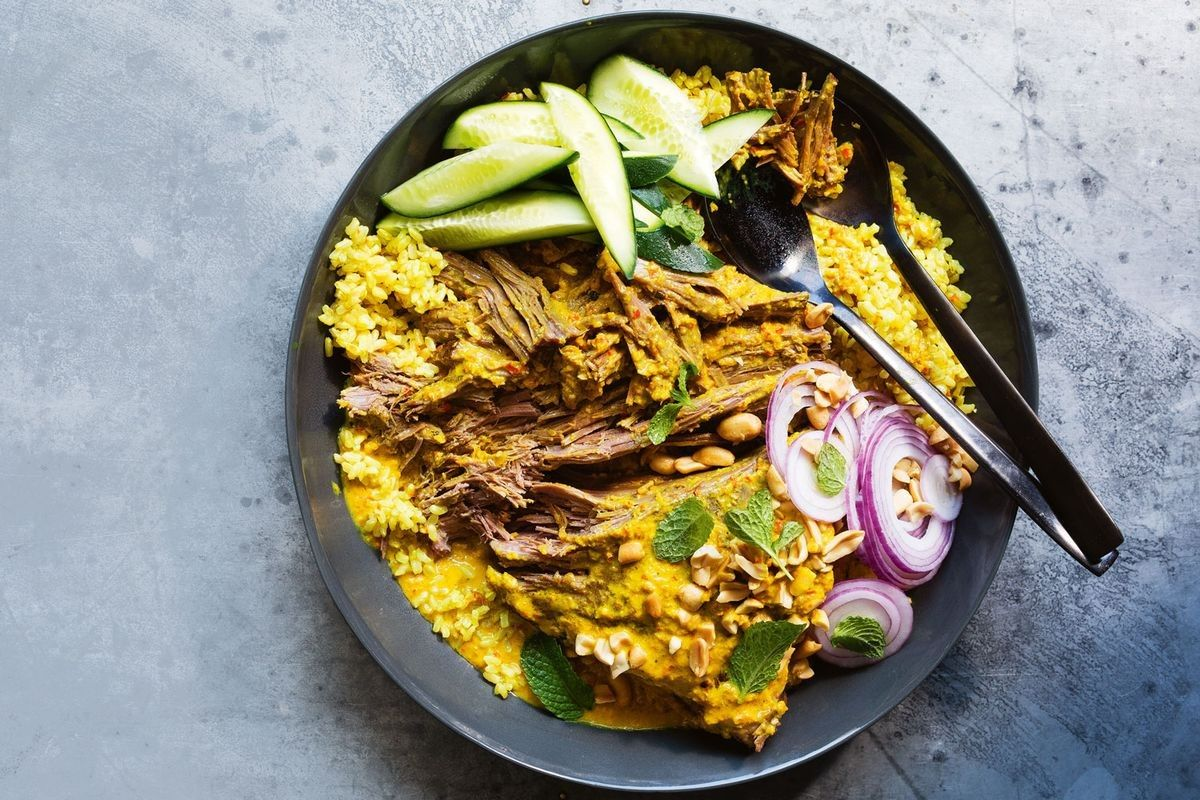 Beef Rendang With Turmeric Brown Rice Recipe In 2020 Curry