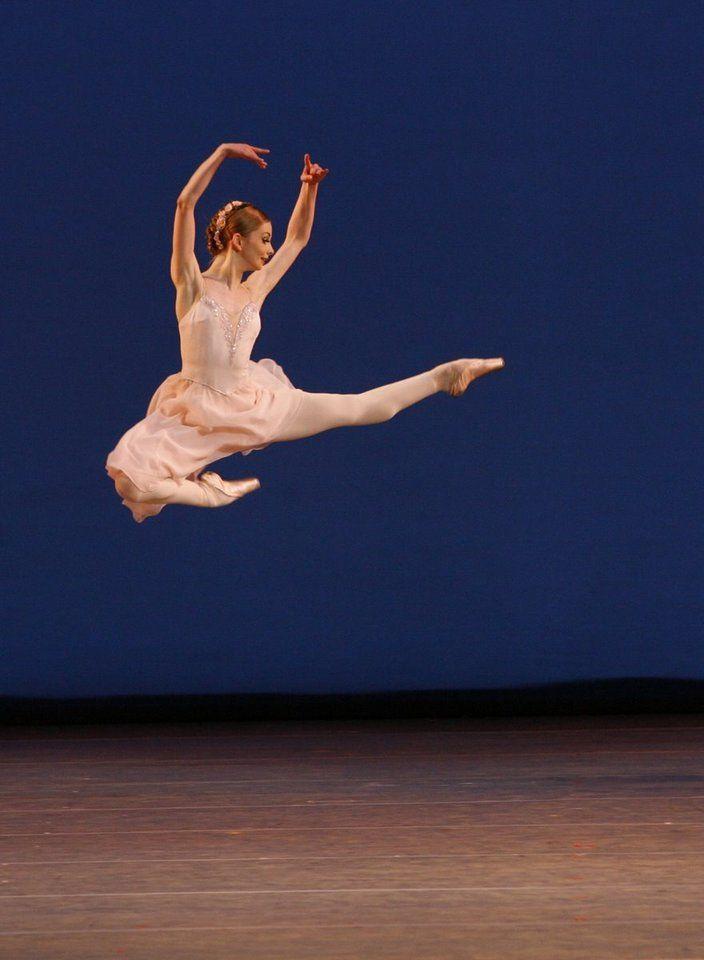 Yevgenia Obraztsova ♥ Wonderful! www.thewonderfulworldofdance.com
