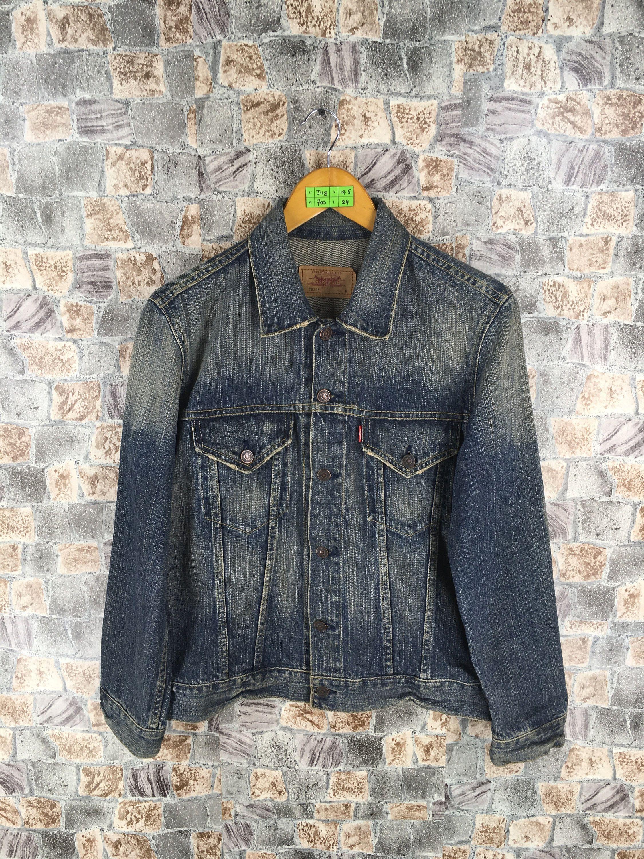 80568f8cc65 #clothing #women #jacket #levisjeansjacket #levisdenimjacket  #denimjeansjacket #vintagelevis501 #levistruckerjacket #womentruckerjeans