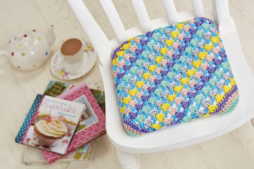 Issue 82 Sneak Peek: Crochet a beautiful cushion for a dining chair today