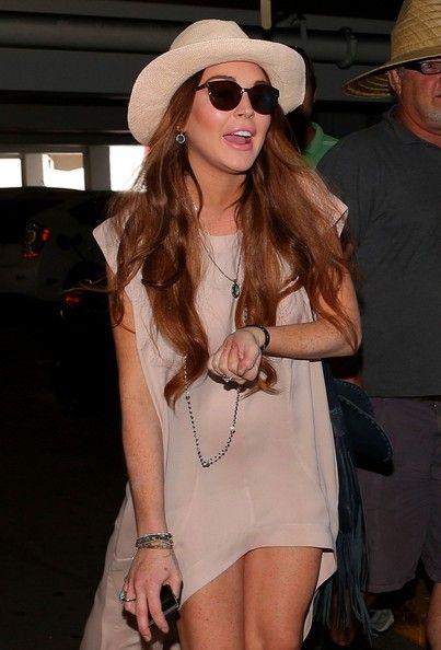 Lindsay lohan upskirt clip