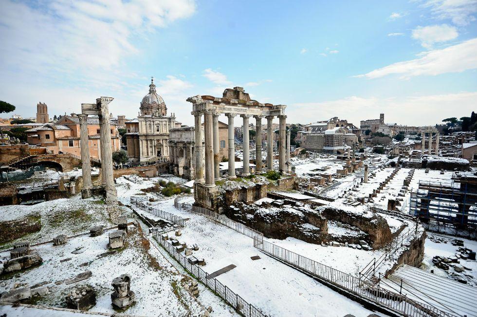 Snow On Forum Rome February 11 2012 Roma Neve Viaggi
