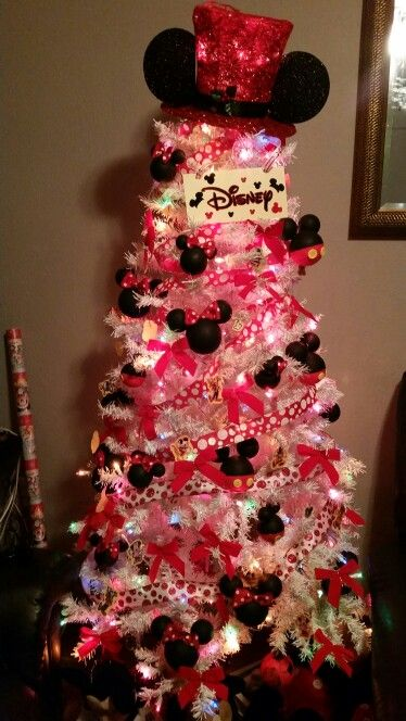 Mickey Mouse Christmas Tree.Mickey Mouse Christmas Tree Christmas Trees Mickey Mouse
