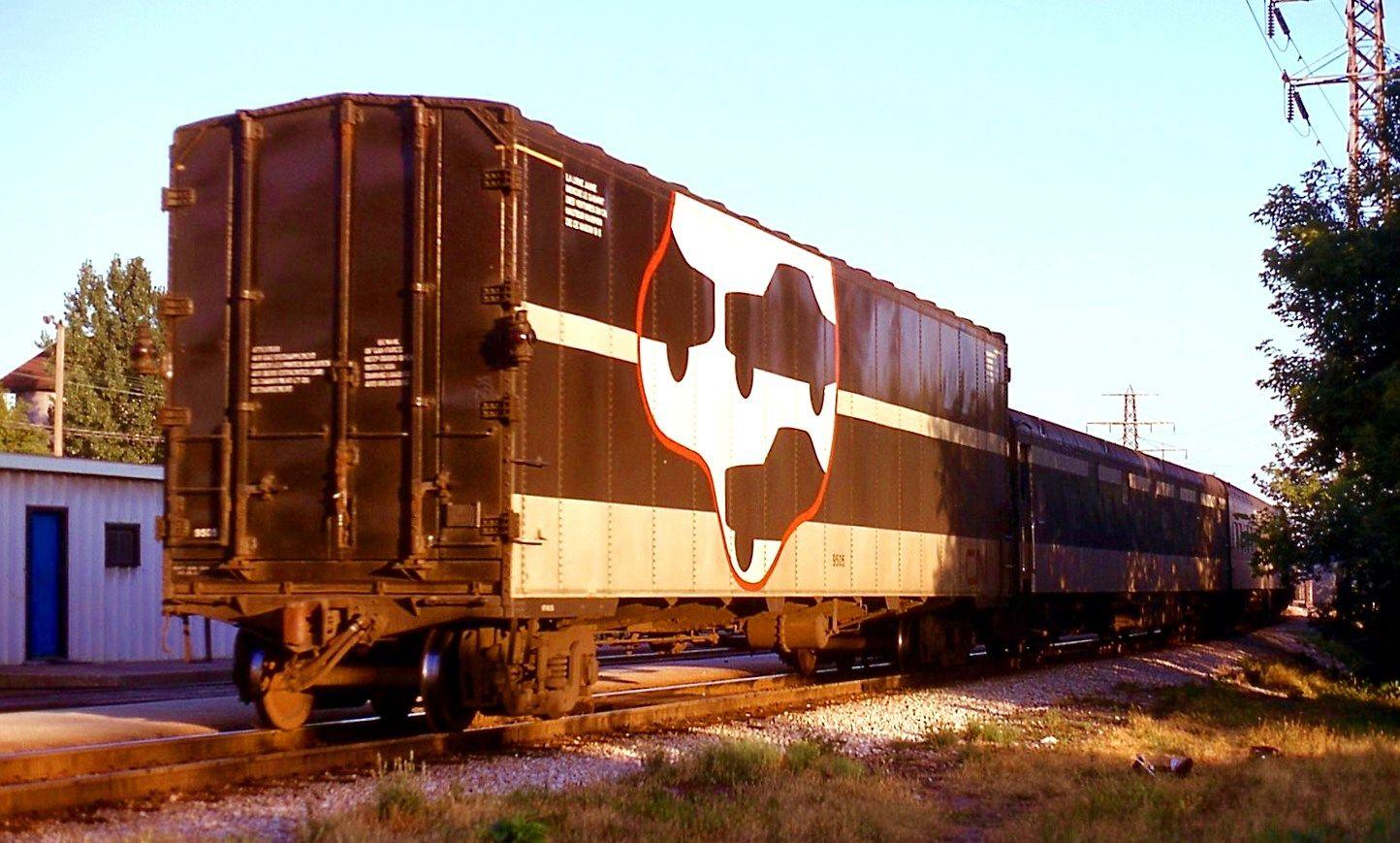 CN auto transporter Paul Enenbach flickr photo at Toronto