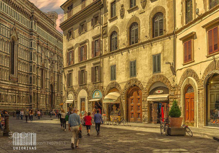 Florencia by Uxio