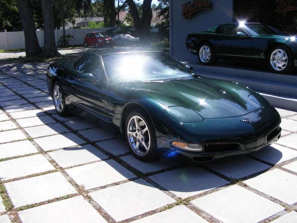 2001 Corvette Coupe, Dark Bowling Green with light oak
