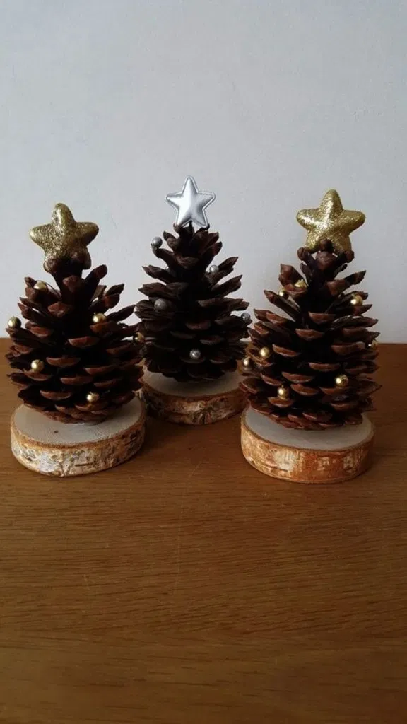 19+ Christmas Ornament Ideas You Can Try To Made It » ideas.hasinfo.net #christmasdecorations