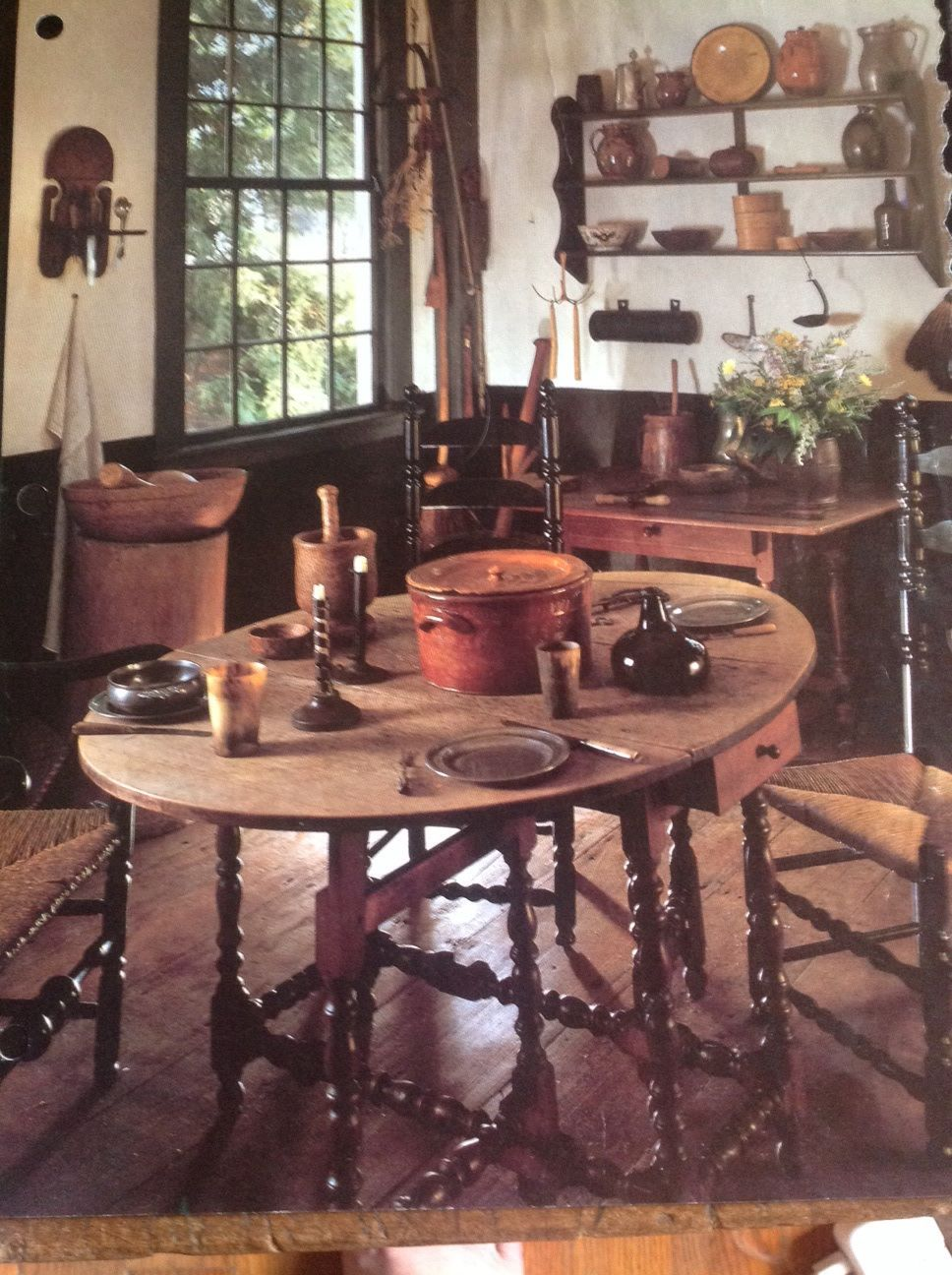 Kitchen from old Colonial Homes. Primitive decorating