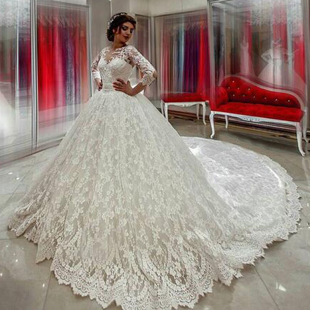 Beautiful Luxury Arabic Wedding Dresses Lace Long Sleeve Puffy Ball Gown Winter Bridal Dress Bow Long Train