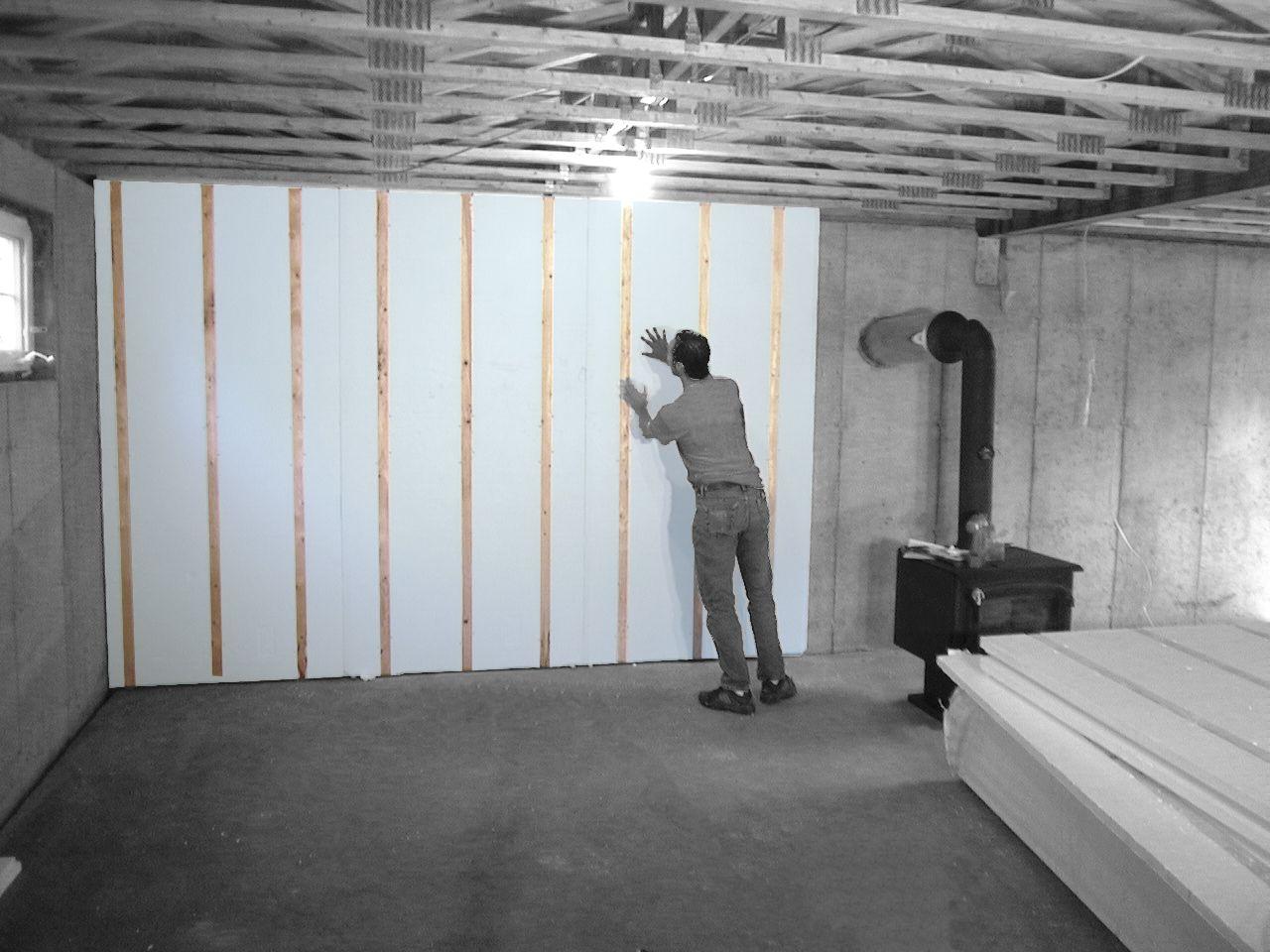 Isolation de votre sous-sol avec SYSTÈME HOMEGA, un panneau rigide avec lattes de bois intégrées #innovation #renovations