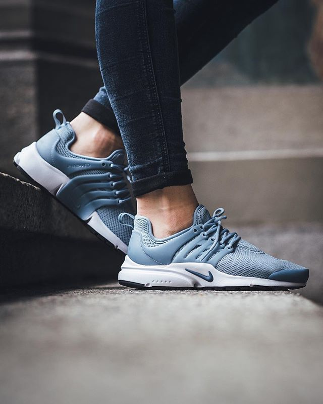 75c028515d77 Nike Wmns Air Presto - Blue Grey Ocean Fog-Black-White available instore  and online  titoloshop Zurich