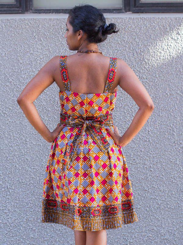 robe en wax tissu pagne africain avec ouverture ceinture en coton cd014 african dress. Black Bedroom Furniture Sets. Home Design Ideas