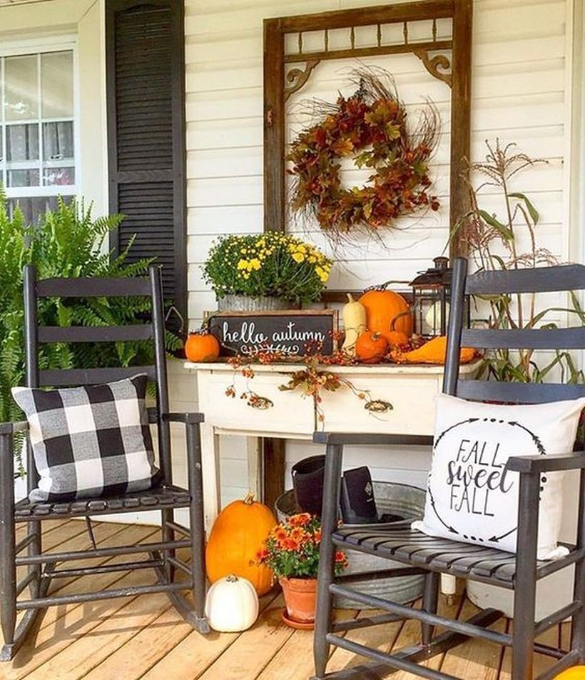 22 Amazing Rustic Porch Decorating for Autumn to Copy Now #rusticporchideas