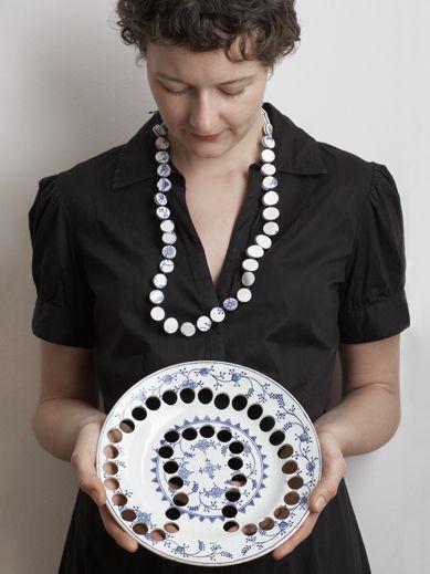 ceramic jewellery by Gesine Hackenberg