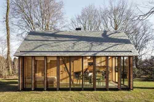 maison et agrandissement en bois et verre