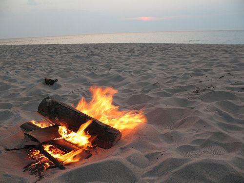 Beach Fire Pit Sunset Beach Fire I Love The Beach Beach Time