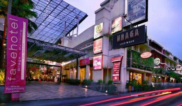 Hotel Murah Di Bandung Daftar Dekat Trans Studio Ada