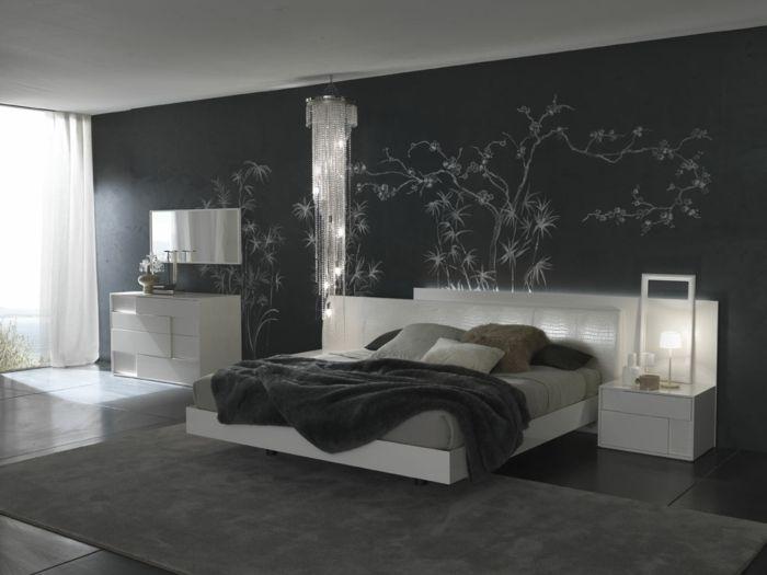 Schlafzimmer Dunkel ~ Schlafzimmer grau dunkelgrau wandspiegel helle akzente bedroom