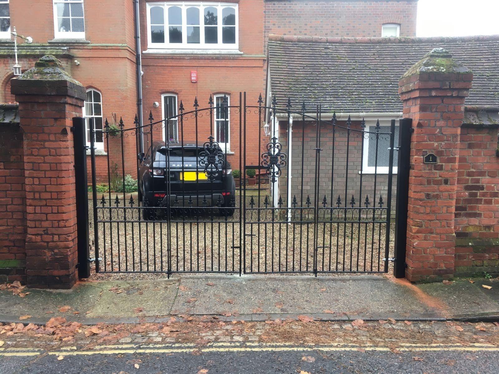bespoke-bi-fold-driveway-gates | Driveway gates for sale ...