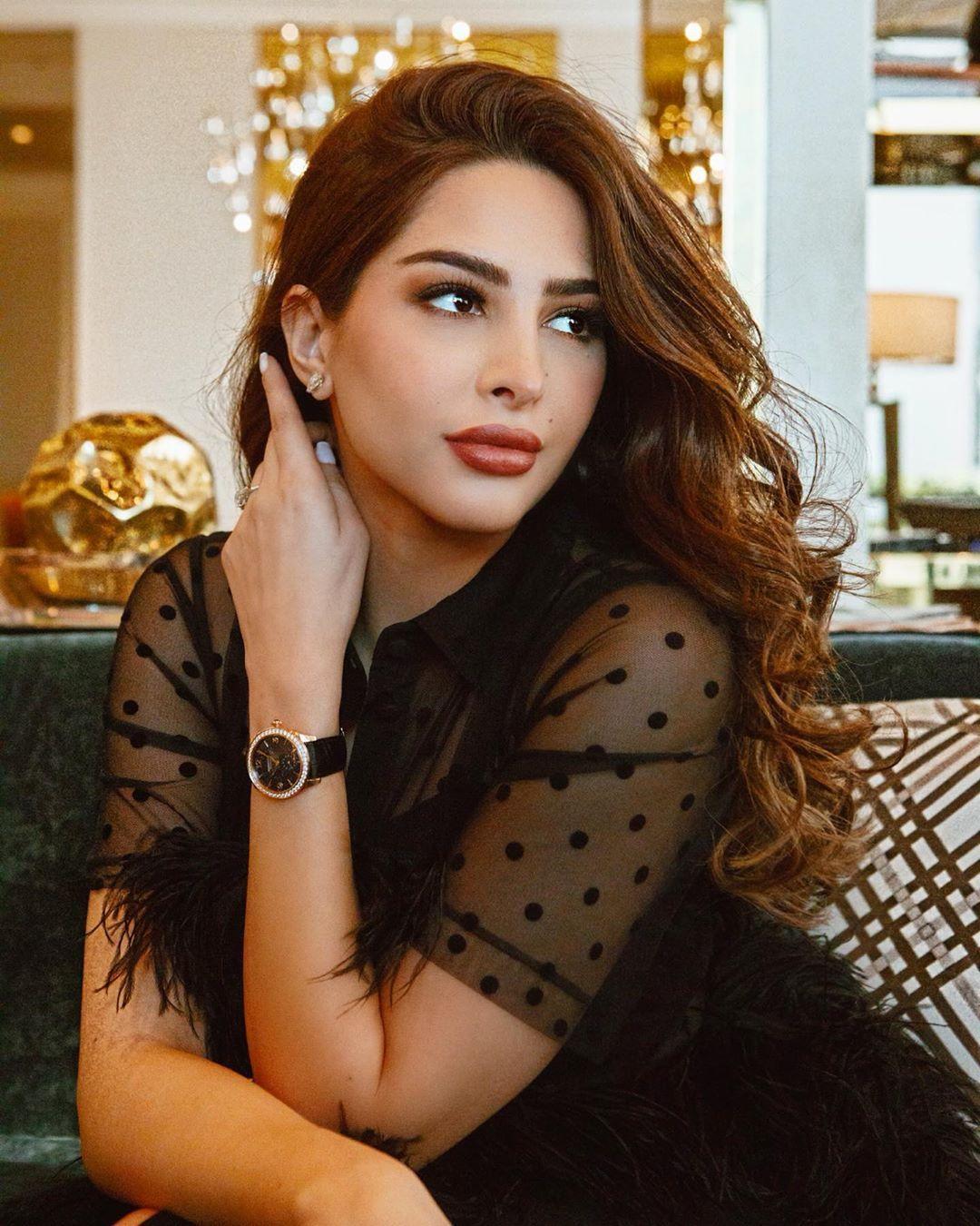 Fouz Alfahad فوز الفهد Beautiful Arab Women Arab Women Persian Women