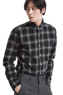Redhomme Check Button-Down Winter ShirtNothing is as easy and relaxed as a dark shirt. This regular fit number is even more relaxing with its dark check pattern and casual vibe. This is a shirt you