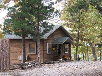 Can U Canoe The Minnow Bucket Eureka Springs Honeymoon Cabin Romantic Cabin Getaway Cabin Rentals In Arkansas