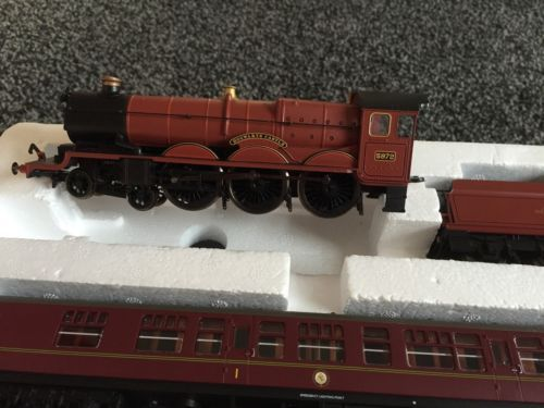 Hornby-Train-Set-Harry-Potter-And-The-Half-Blood-Prince