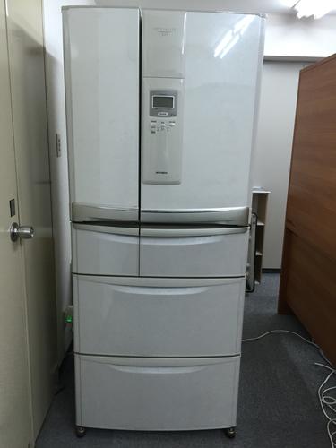 Mitsubishi  Spécialité 500  6-door refrigerator & Mitsubishi