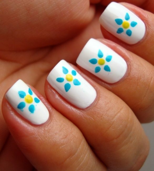 flores sencillas | Diseño uñas | Pinterest | Flores sencillas ...
